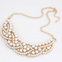 Pearl Pedals Fashion Necklace - LilyFair Jewelry