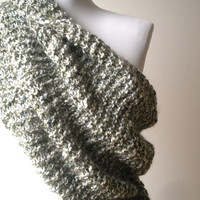 The Oversized Unisex Chunky Cowl Hooden scarf Circule Large Extra long Neckwarmer Hand knite