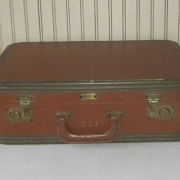 Vintage Suitcase Hard Side Old Luggage Oshkosh Suitcase Original Key Luggage Tag Retro 40s Luggage