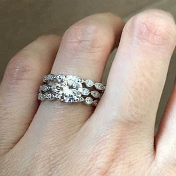 Engagement Ring Set- Bridal Ring Set with 2 Matching Band- Wedding Bridal Ring Set- Round Brilliant Simulated Diamond Ring