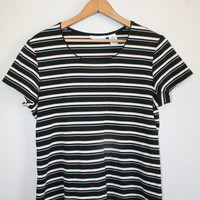 STRIPED BABY TEE // size women's medium // 90s // t-shirt // stripes // minimal // boxy // minimalist // black & white // vintage!