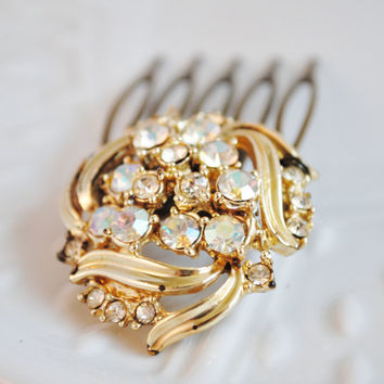 Vintage Jewelry Bridal Hair Comb - - Bridal Hair Accessories - Something Old