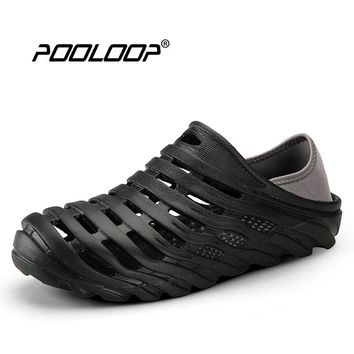 POOLOOP Summer Quick Dry Beach Sandals Mens Water Shoes Breathable Soft Walking Shoes Slip On Garden Clogs Male Pool Shoes