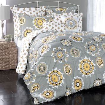 Lush Decor Adrianne 7-pc. Reversible Comforter Set (Yellow)