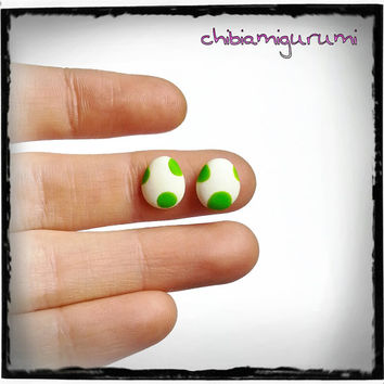 Yoshi eggs earrings stud charm chibi in polymer clay inspired from Super Mario Nintendo videogame. Choose surgical steel.