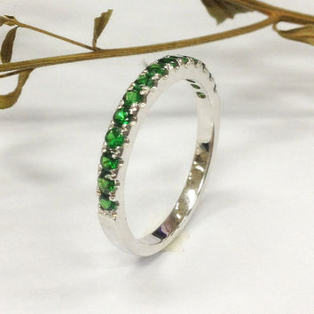 Tsavorite Wedding Ring 14K White Gold,Green garnet ring,Stackable Gemstone bridal ring,Half Eternity Matching Band,Anniversary Fine Ring