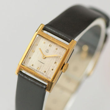 Lady's watch Dawn gold plated wristwatch square rare women's watch ornamented face premium leather strap new