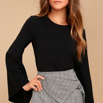 Be My Belle Black Bell Sleeve Top