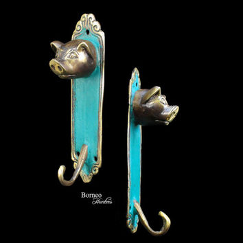 Animal Coat Hook Hat Hook Jewelry Hook decorative Wall Hook Cloth Hanger Coat Rack Brass Rustic Gold Accented in Greem (Set Of 2)