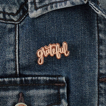 grateful heart flair pin