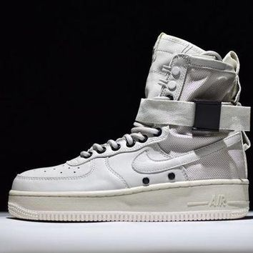 ONETOW Jacklish Nike Special Field Air Force 1 High Tops Triple White All White Sale