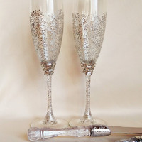 personalized Wedding glasses and Cake Server Set cake knife silver bride and groom set of 4 wedding toasting flutes