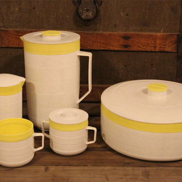 Vintage Plastic Cornish Therm-O -Ware- Five Piece Set- Yellow & White Gray Speckled- Made in USA- Pitcher Serving Bowl- 60s Kitchen Camping