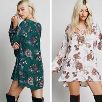 """Free People"" Fashion Flower Print Crisscross Bandage V-Neck Long Sleeve Pagoda Sleeve Mini Dress"