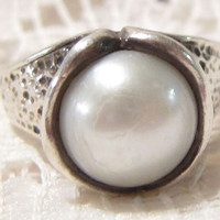 Hammered Sterling Silver Pearl Ring Israel Didae Size 6 1/2
