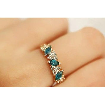 LS24 Novel Crystal Girls Vintage Emerald Crystal Rhinestone Finger Rings CA24