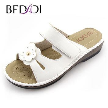 BFDADI 2016 Summer women wedges sandals  PU platform sandals Flower and Sewing Casual woman slippers beach shoes for woman 1801