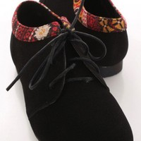 Black Faux Suede Ethnic Printed Trim Oxford Flats @ Amiclubwear Flats Shoes online store:Women's Casual Flats,Sexy Flats,Black Flats,White Flats,Women's Casual Shoes,Summer Shoes,Discount Flats,Cheap Flats,Spring Shoes,Cute Flats Shoes,Women's Flats Shoes