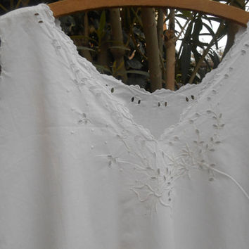 Victorian White Embroidered Dress French 1900's Cotton Slip Scalloped Floral Front Embroidered Handmade Lingerie Medium Large