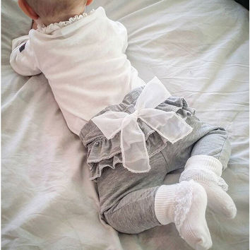2016 spring and autumn new Kids baby clothing White Chiffon big bow gray baby Trousers pants 0-2 years old Baby girl Leggings