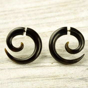 Fake Gauges Earrings Horn Earrings Brown Black  Spiral Tribal Earrings - Gauges Plugs Bone Horn - FG009 H G1