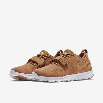 The Nike SB TrainerEndor Premium Men's Shoe.