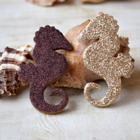 Glitter Brooch Seahorse Golden pin Glitter jewellery Beach jewelry Wood pin Nautical pin Sparkly Party Glitter jewelry Coastal gift idea