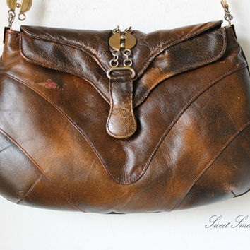 Old vintage 80's leather bag school doctor satchel brown festival distressed with soul cognac honey tan brown