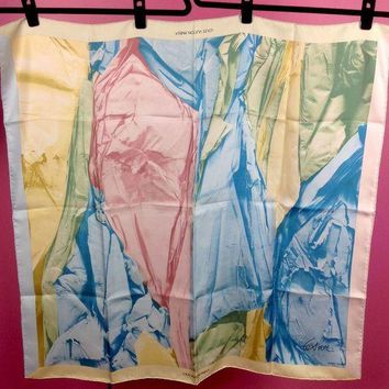 DCCKWA2 Louis Vuitton Limited Edition Silk Scarf