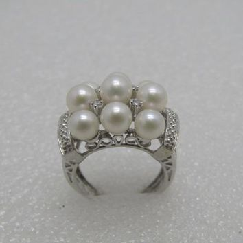 14kt Pearl Diamond Cluster Ring, White Gold, Size 5.5, 6.70 grams, signed EA
