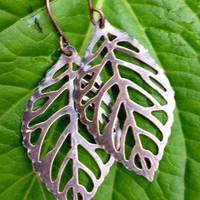 Copper leaf earrings. Woodland, Nature earrings. Copper leaf earrings. filigree leaves in dark antique copper.