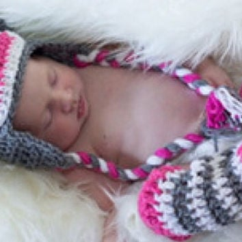 New Adorable Infant Baby Girls Crochet 2 Piece Hot Pink Sock Monkey/Leg Warmer Outfit 0-3 months
