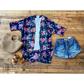 Floral Groove Kimono in Navy