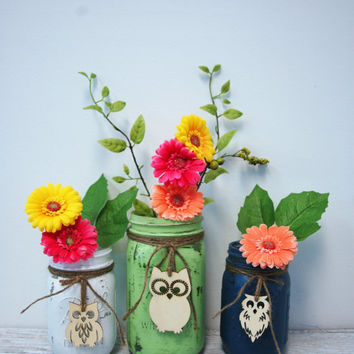 YouR ColoR ChoicE Painted mason jars with wood OWL cabin decor wedding decor rustic decor