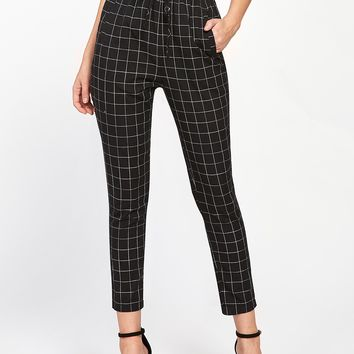 Frilled Waist Grid Pants