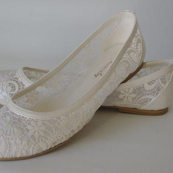 "PEARL Lace Bridal Flats Wedding shoes 1006 with my  hand-knitted gift:  ""Bridal wedding dance shoes slippers, Bridal Party Bridesmaid"""