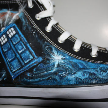 Custom Painted Doctor WHO Handpainted  Shoes DON'T BLINK  four sides painted  HIghtop Men's Women's  bbc uk tardis dalek any size any style