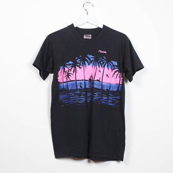 Vintage 80s Tshirt Black Blue Neon Pink Florida Screen Print 1980s T Shirt Novelty Print Palm Tree Sunset FL Vacation Tee S Small M Medium