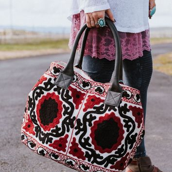 Sandy Shores Embroidered Tote Bag