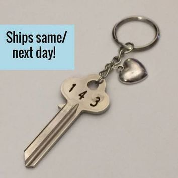 Long Distance Friendship, Long Distance Relationship, Key Keychain, Engraved Key Keychain, Engraved Key, Christmas Gift, Stocking Stuffer