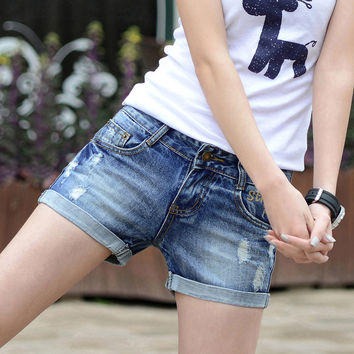 2017 Summer Shorts Women Hole Jean Shorts Fashion Style Slim Thin Cotton Denim Jeans Shorts Casual Ladies Short Trousers Hot