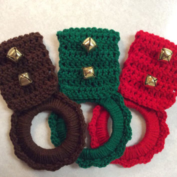 Select 1 of 3 colors, Jingle bell kitchen towel hanger, Christmas towel hanger, Holiday decor, crochet hanger, dish towel hanger, gift idea,