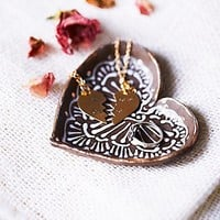Free People Womens Heart Shaped Catch All Dish