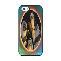 Penguins Of Madagascar Say Hello iPhone 5|5S Case