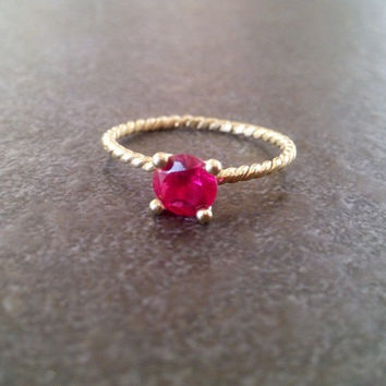 SALE! July birthstone ring,Stacking Ring, Ruby Ring,Gold Ring, Thin Stackable Ring,Vintage Ring,Gemstone Ring, Fuchsia Ring,Bridal Ring