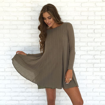 Back Bow Shift Dress In Olive