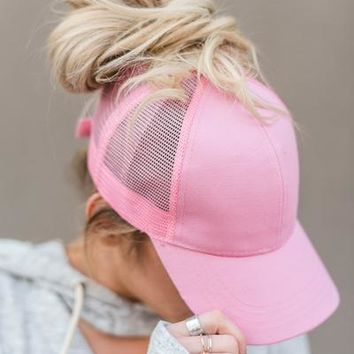 Messy Bun Baseball Hats - Pink