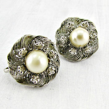 Vintage Silver Wire-Work Flower Earrings, Cream Pearl Earrings, Silver Fleur De Lis Earrings, Clip-On Earrings, 1950s 1960s Costume Jewelry