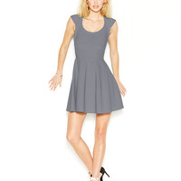 GUESS Cap-Sleeve Flared Bandage Dress