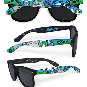Totoro inspired hand painted Sunglasses - Unique custom Wayfarer style sunglasses - My Neighbor Totoro - Susuwatari - Soot Sprite